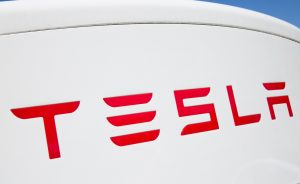 Tesla Revealed its Electric Truck with 500-mile Range